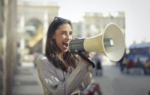 creer du contenu engageant pour les reseaux sociaux medias sociaux